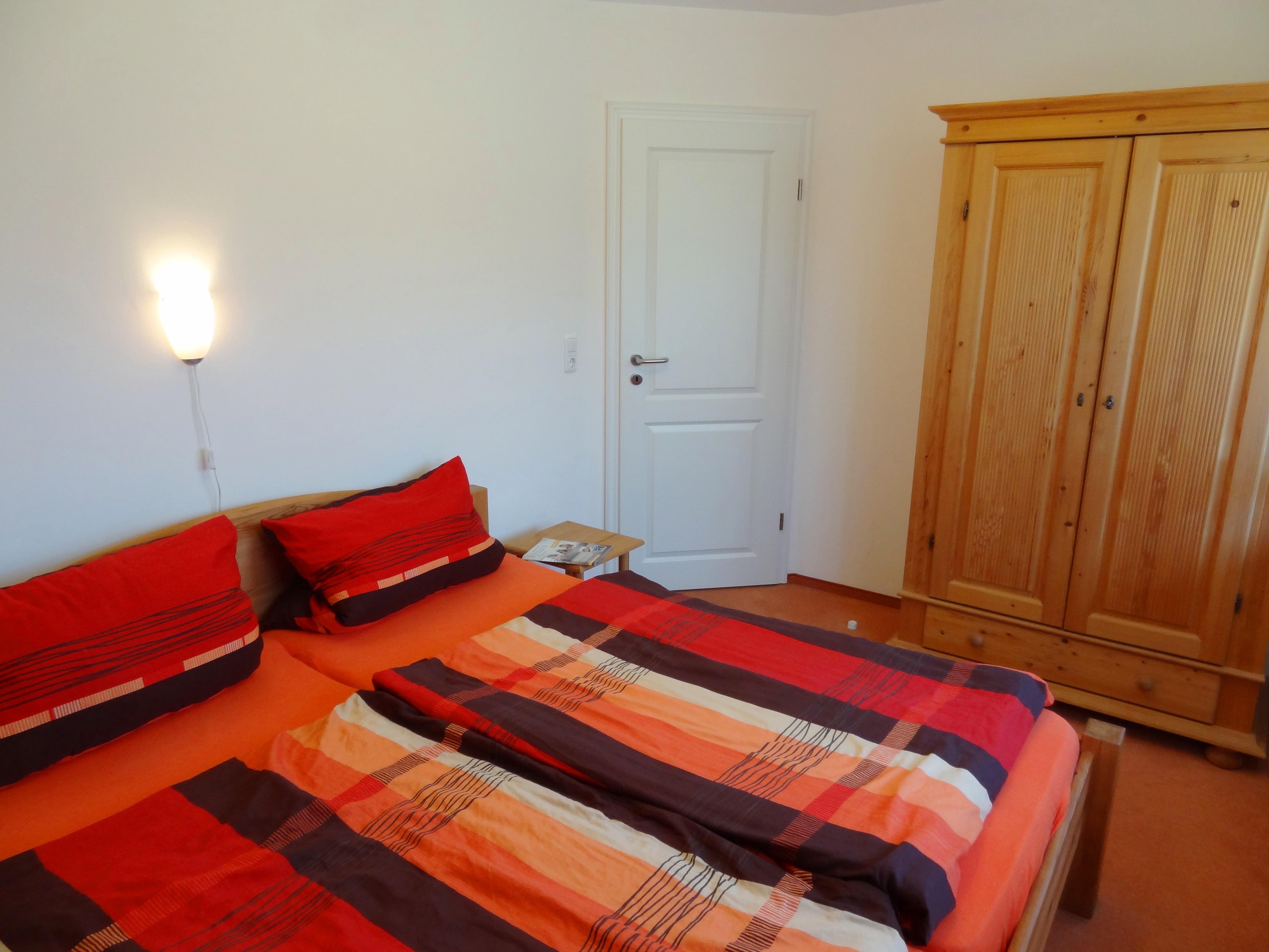 Zweites Schlafzimmer der Ferienwohnung Husum von Ferienwohnungen Hass auf Fehmarn